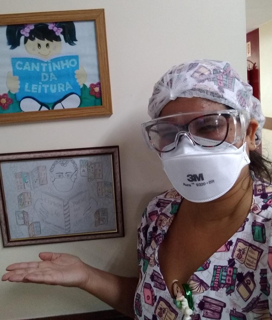 Meu nome é Carolina Miranda sou Enfermeira e estou escrevendo poesias. Siga @canti_nhodaleitura. É lindo 😍