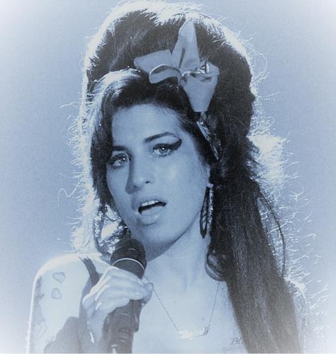 10 anos sem Amy Winehouse