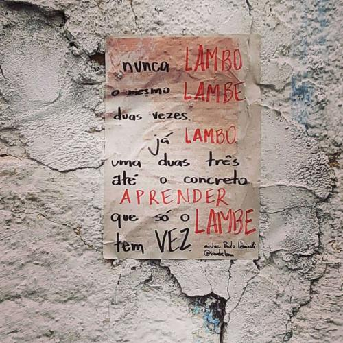 LAMBE OUTRA VEZ