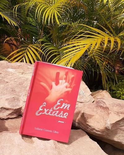 Meu terceiro livro. Poemas sensuais . EM ÊXTASE